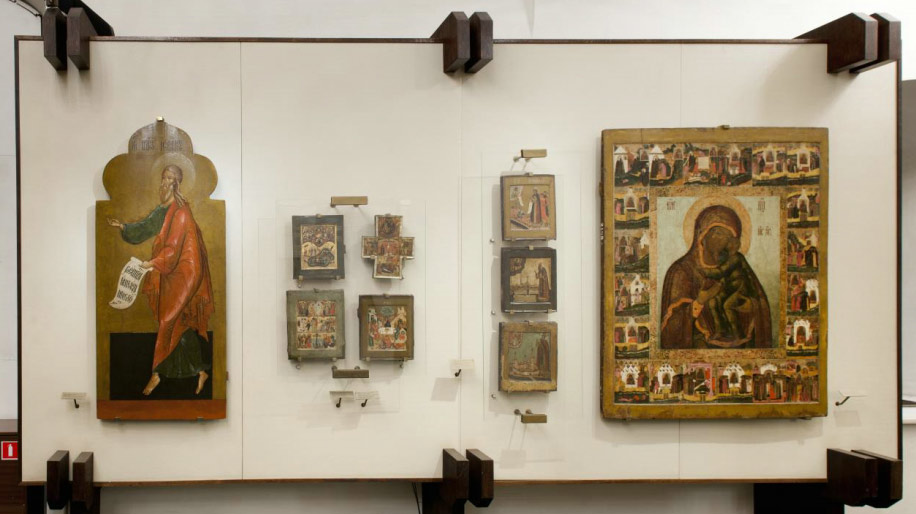 Showcase with icons in the Twelve Apostles' Church